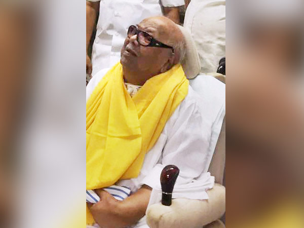 Karnataka and Andhra CMs enquire about Karunanidhis health