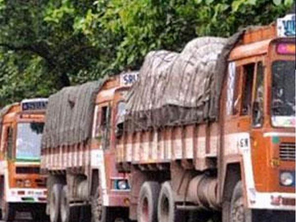 TN government lose about Rs 100 crore a day says State Lorry Owners Federation