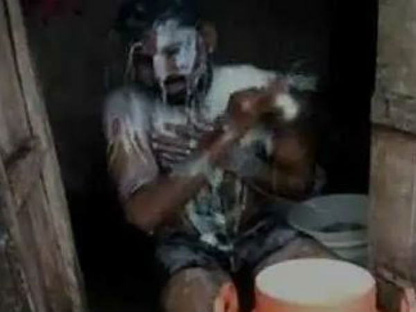 Man bathes in 35 litres of milk in Maharastra