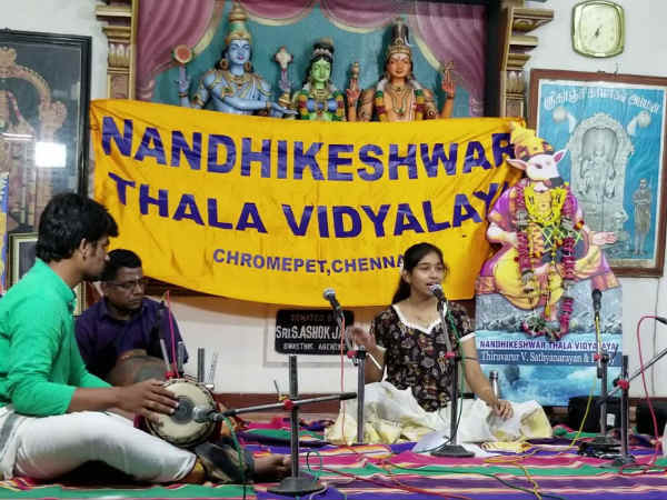 Dubai Tamil student participated in the Chennai Karnatic music program