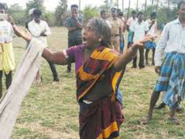 Farmers thrown mile stone from their land in Thiruvannamalai