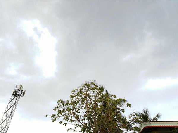 Rain hits in Chennai due to convergence