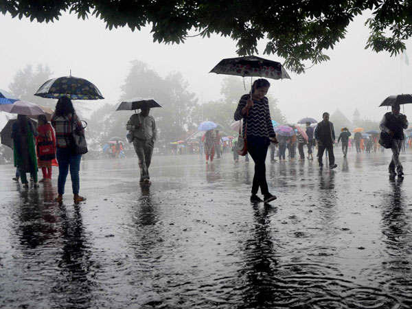 Extremely heavy rains very likely at isolated places over Gujarat Region
