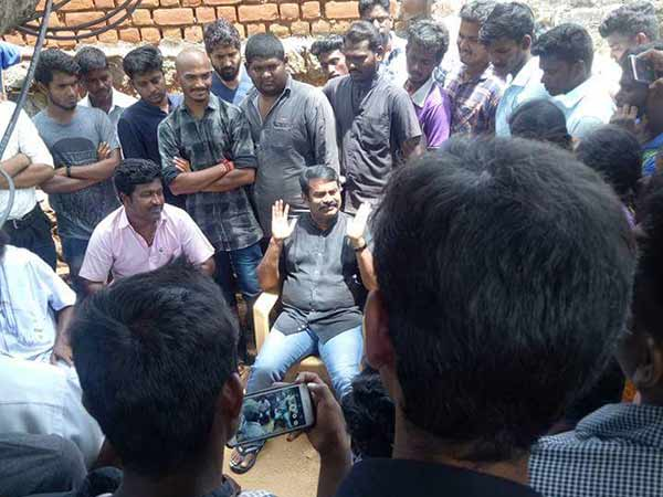 Seeman arrested near Salem