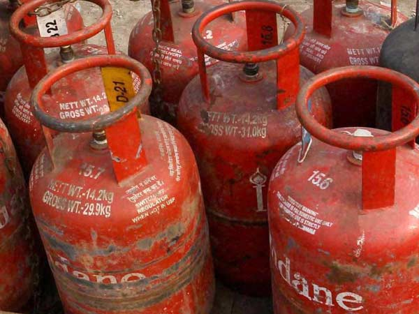 LPG cylinder price hike Rs.35.50