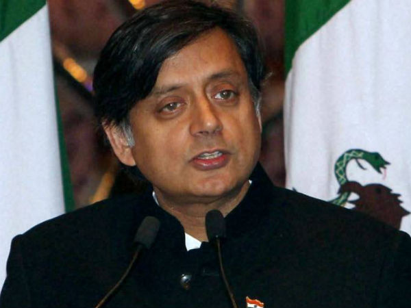 Sashi Tharoor says, Swamin Vivekananda if live present he will attacked by Goondas