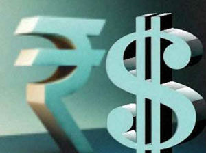 Worst in History: Indian Rupee now at 70.82 versus the US dollar