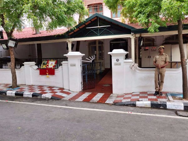 Gopalapuram house without Karunanidhi