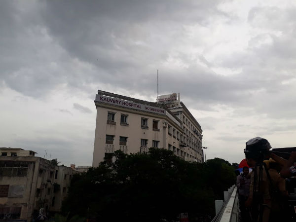 Rain lashes Kauvery hospital and Gopalapuram area