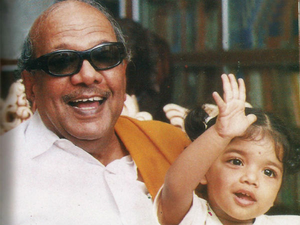 Tribute to Karunanidhi from Singapore