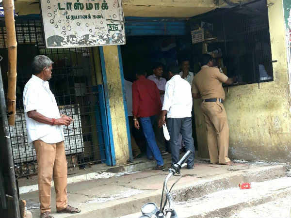 TN Government orders to close the TASMAC shops
