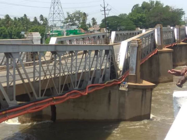 Flood in Cauvery: Huge breakage in Trichy Kollidam Iron bridge