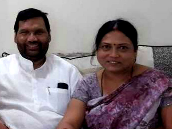 Asha Paswan may contest against her father