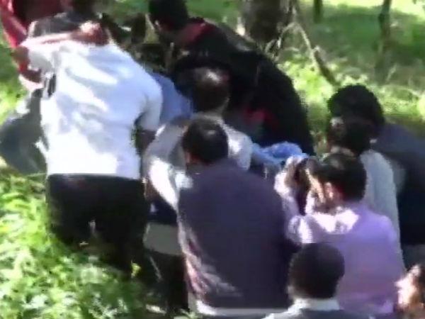 ஜம்மு - காஷ்மீரில் தீவிரவாதிகளால் கடத்தப்பட்ட 3 போலீசார் சுட்டுக்கொலை!