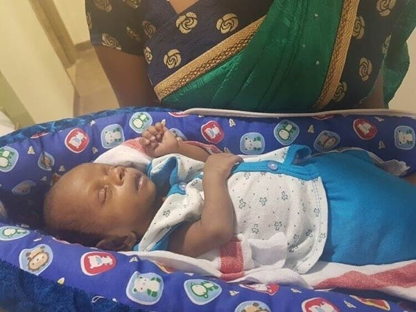 Help Them: A Month Old Baby Struggles To Breathe Due To Heart Disease