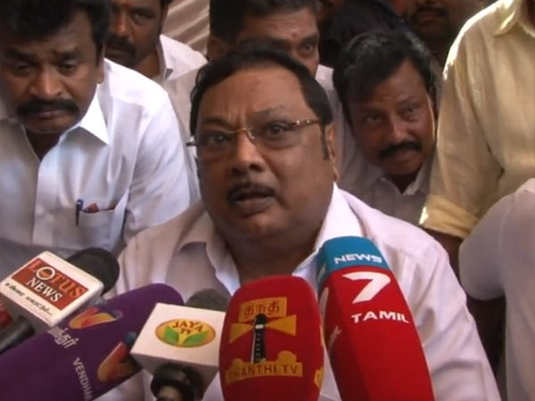 Stalin is ruling DMK like corporate house,says Alagiri