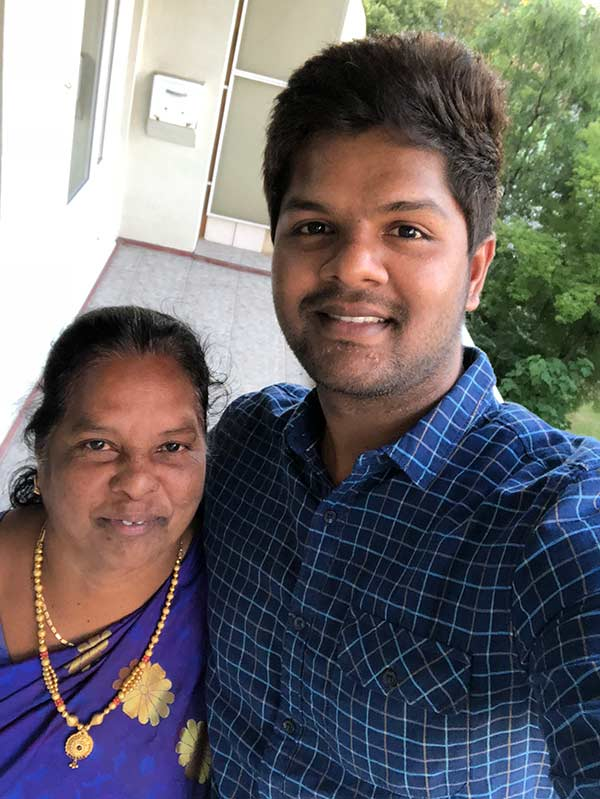 Reader sends his selfie with his mom