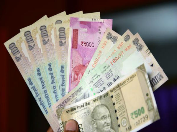 Worst of Worst: Indian Rupee reaches at 71.80 versus the US dollar