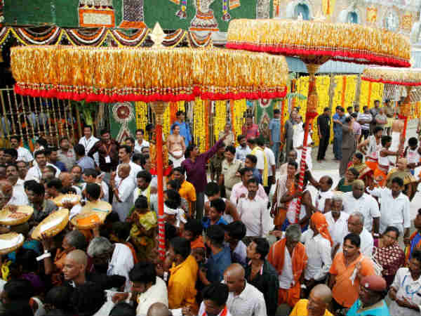 Traditional umbrellas to reach Tirumala from Chennai on Tomorrow