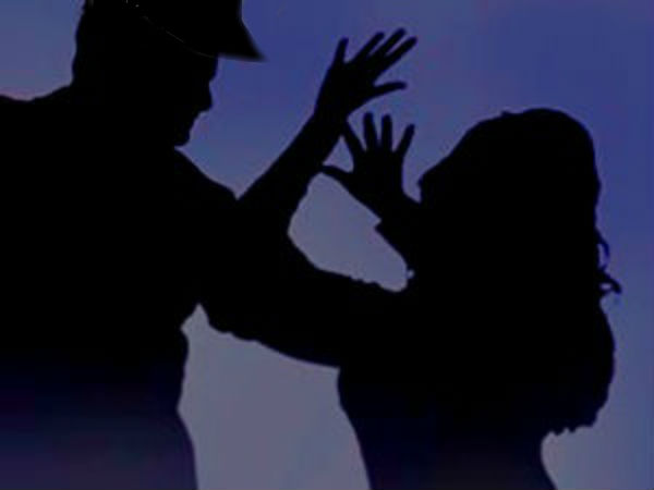 Salem Police Sub inspector got illegal relationship with a woman