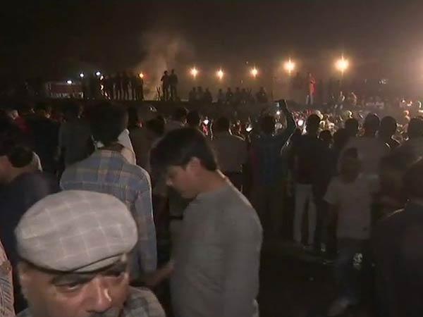 ரயில் விபத்தில் 61 பேர் பலி.. பஞ்சாப் காங். அரசு மீது எதிர்க்கட்சிகள் சரமாரி குற்றச்சாட்டு