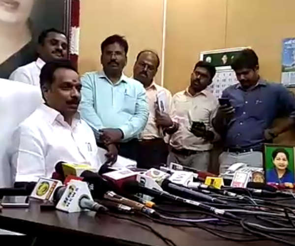 TN transport minister announces Special Bus schedule for Deepavali