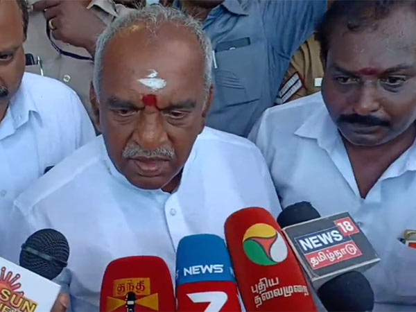 Pon Radhakrishnan asks questions on Deepavali Crackers regulations
