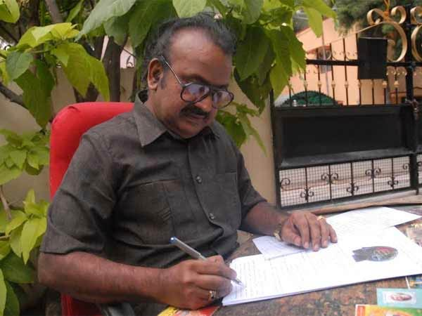 Novelist Rajesh Kumar says, Tamil film Thimiru Pudichavan story line is similar with his story