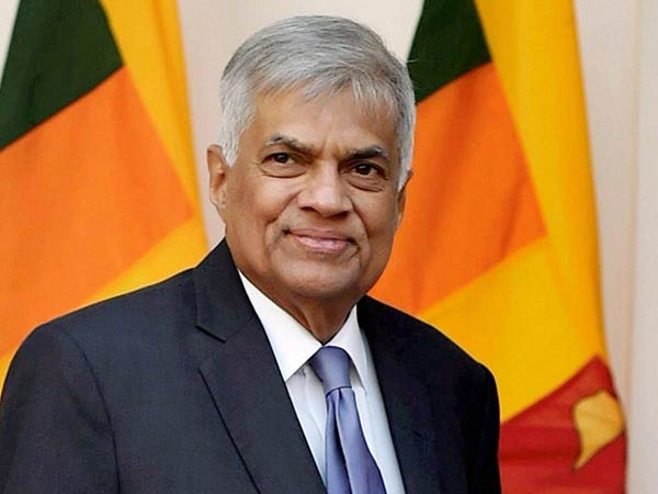 Ranil party Mps two detained by police