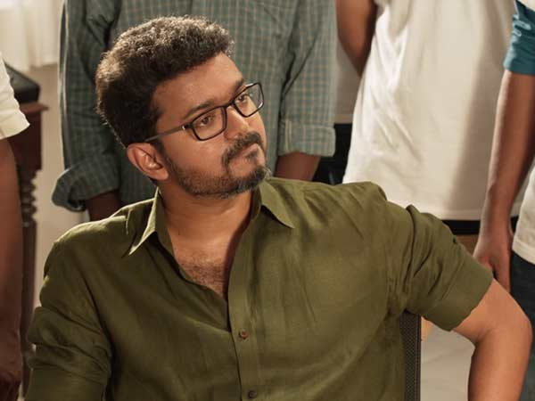 Police give huge protection to Vijay fans after Sarkar issue