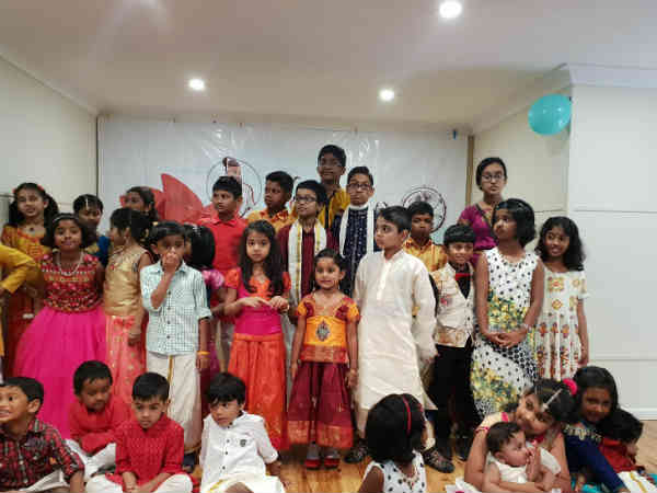 Tamils living in Australia joins together to celebrate Deepavali