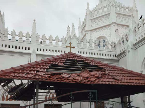 Velankanni church gets damage due to cyclone Gaja