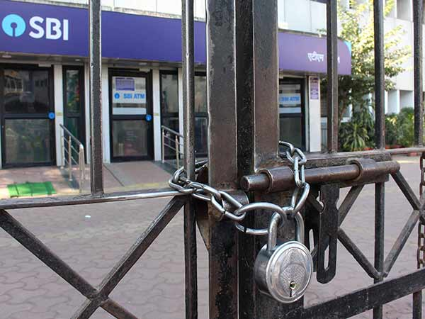 Banks remain closed for 5 days continuous due to strike and holidays