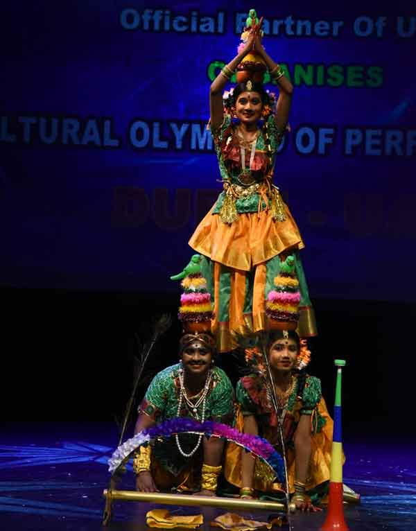 Dubai: karaikudi Nattiyapalli students win the Dance competition