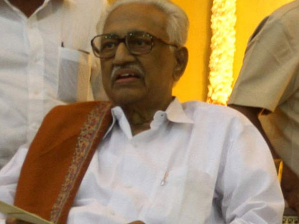 veteran dmk leader k.anbazhagan still in hospital, doctors monitoring