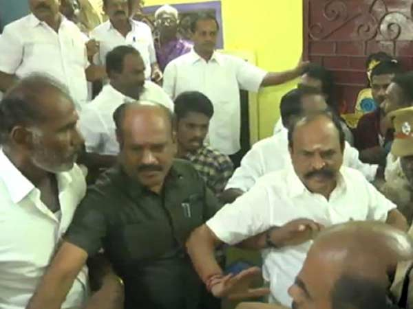 Two separate groups in ADMK fight in front of minister Kadambur Raju