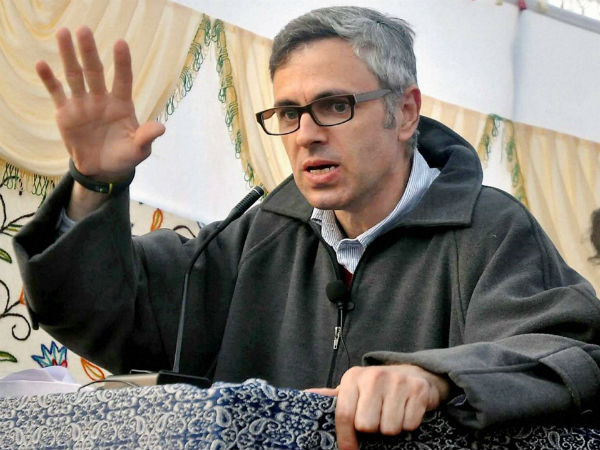 Inhuman to force Parrikar to continue working: Omar Abdullah