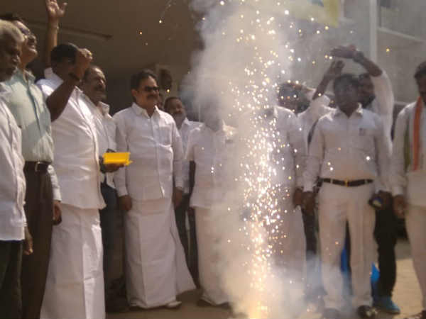 Congress Party workers celebrating in Sathyamurthy Bhavan