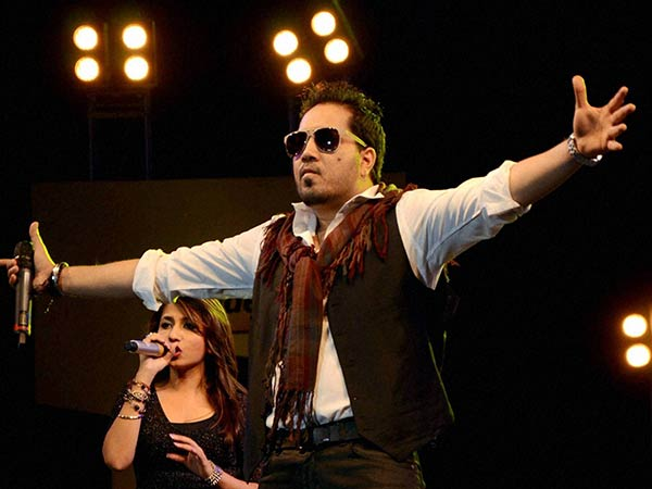 Singer Mika Singh imprisoned in UAE on harassment case