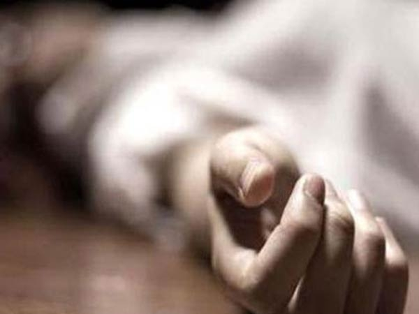 Father dies due to illeness Daughter dies shock near Rasipuram
