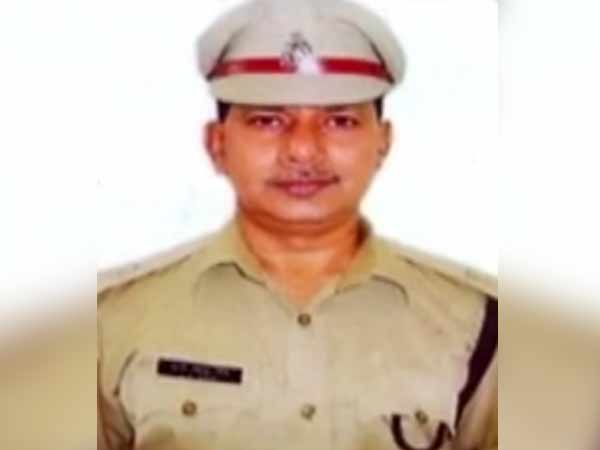 Police Chief In UPs Bulandshahr Removed After Cop Killed In Mob Violence