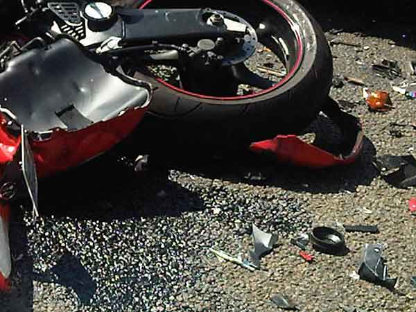 Bike accident in Chennai Tambaram kills 2 people