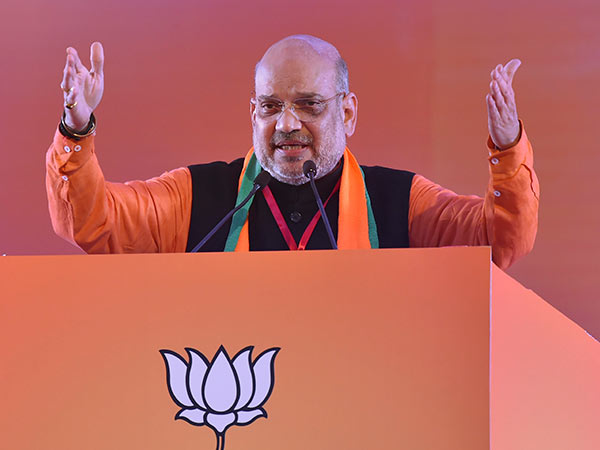 No body can't win modi in elections says bjp party president amith sha