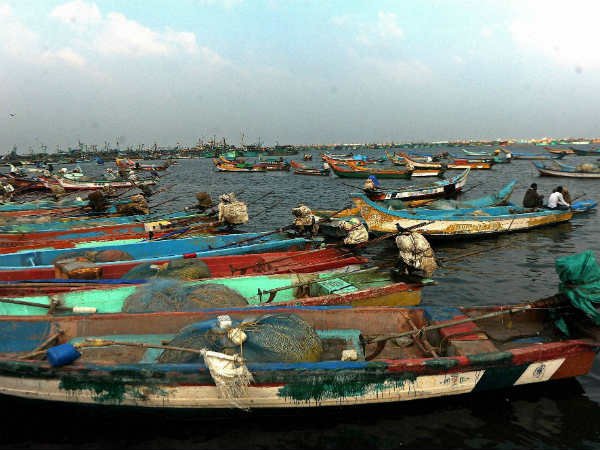 9 fishermens arrested, 2 boats confiscated by Sri Lankan Navy