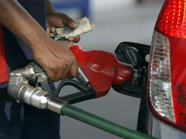 Diesel price cut by 10 paise; No changes in Petrol Price