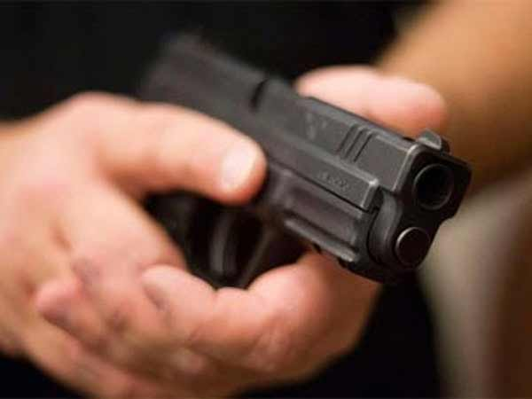 GunFire on Tasmac Staffs near Thiruvannamalai