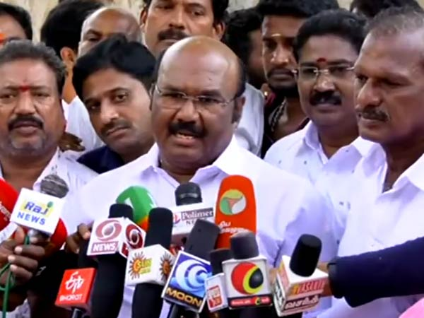 Minister Jayakumar says about Plastic Issue