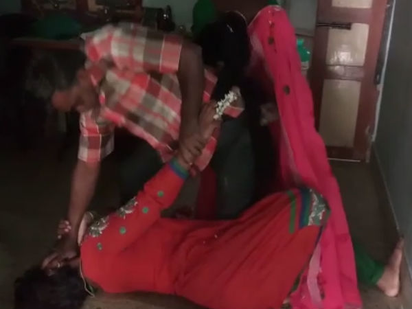 A man thrash his wife with his lover near Dindigul