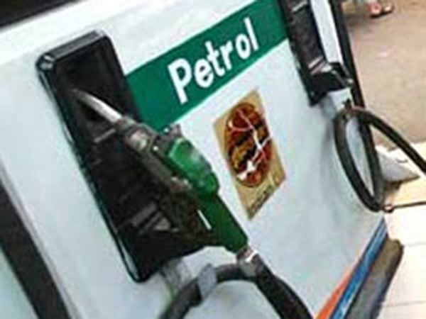 Petrol price hiked by 20 paise, increase in the Price of Diesel 31 paise