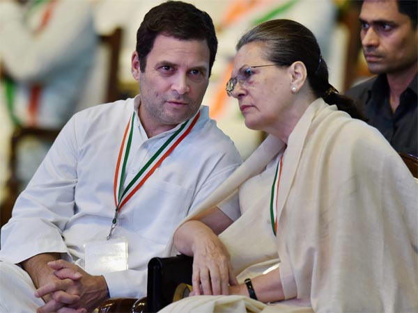 I-T dept slaps Rs 100 crore tax notice on rahul, sonia over associated journals limited income